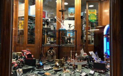 Articles pour fumeurs et accessoires à Portbou